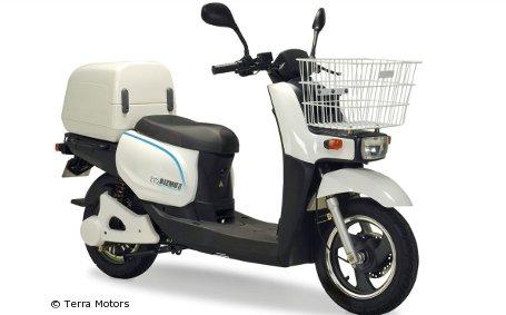 neuer e scooter mit 150 kilometer reichweite vorgestellt. Black Bedroom Furniture Sets. Home Design Ideas